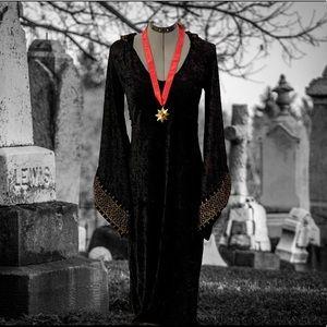 Hooded Tunic Vampire Costume